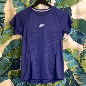 Nike dri-fit athletic top size S